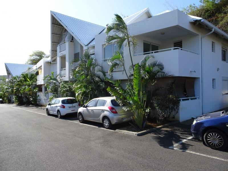 Venta  apartamento St gilles les bains 246700€ - Fotografía 2