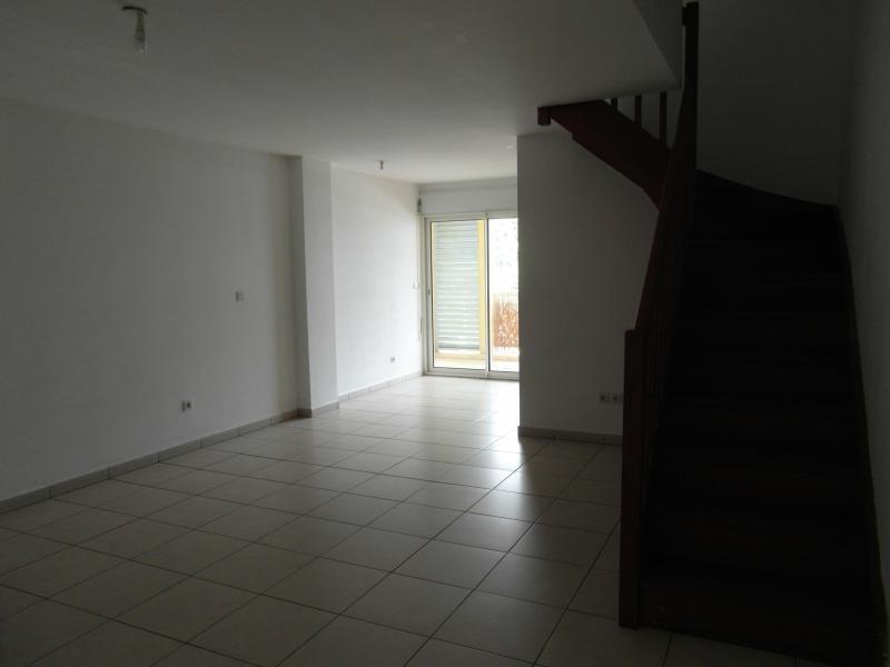 Sale apartment St denis 190000€ - Picture 2