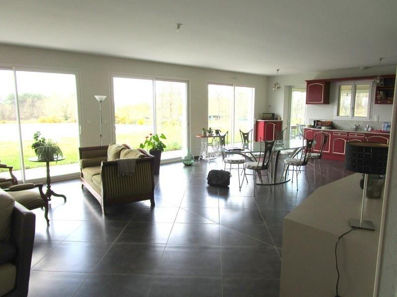 Sale house / villa Villefranche de lonchat 470000€ - Picture 4