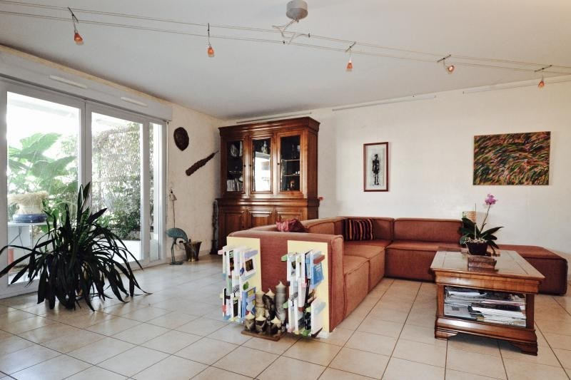 Sale apartment Lyon 3ème 445000€ - Picture 2