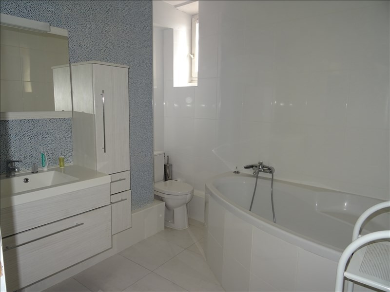 Rental apartment Le port marly 1 250€ CC - Picture 6