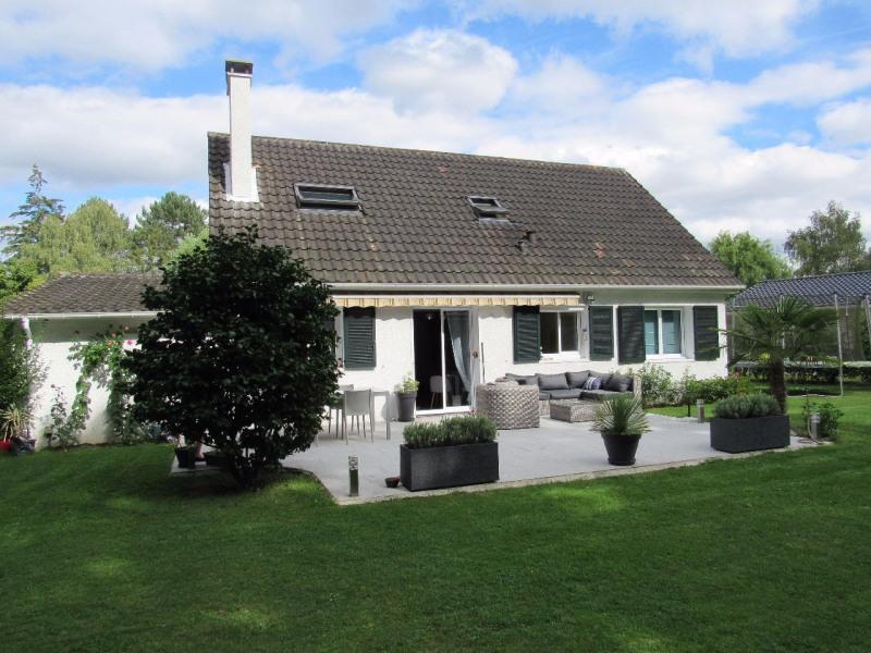 Sale house / villa Lesigny 498000€ - Picture 1