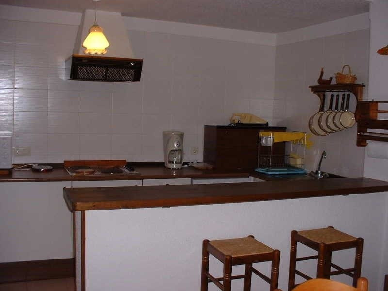 Vacation rental apartment Roses - centre 552€ - Picture 4
