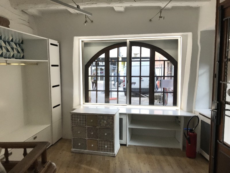 Location local commercial Colmar 600€ CC - Photo 3