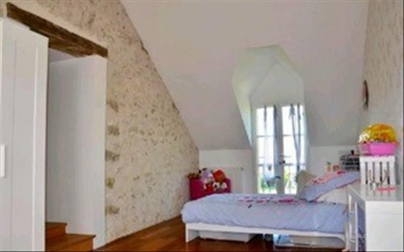 Sale house / villa Machault 426 000€ - Picture 8