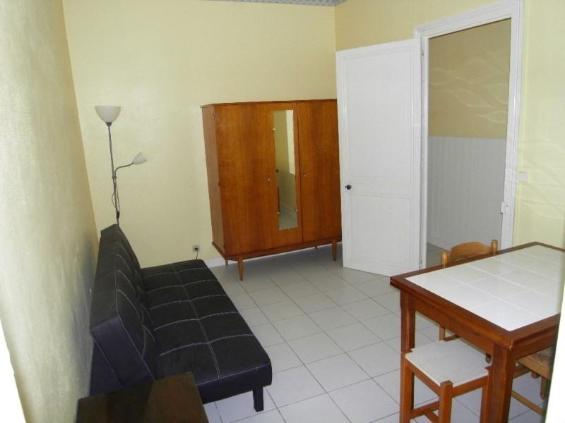 Rental apartment Cognac 292€ CC - Picture 1