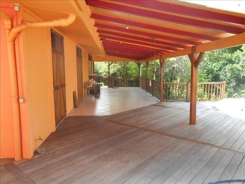 Sale house / villa St claude 350000€ - Picture 2