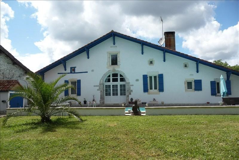 Sale house / villa Cauneille 366000€ - Picture 1