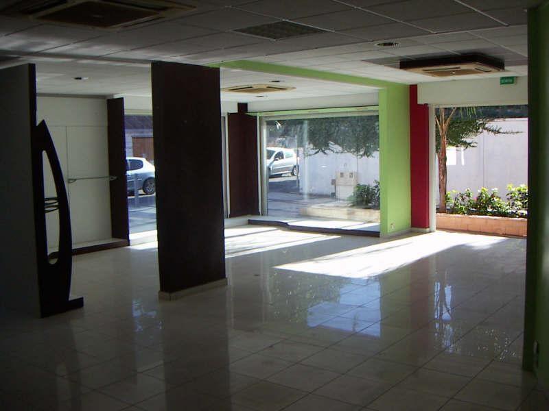Sale empty room/storage St francois 275000€ - Picture 1