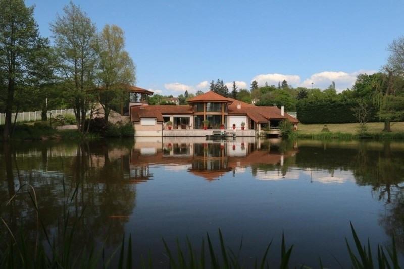 Vente de prestige maison / villa Saint-vincent-de-boisset 735000€ - Photo 2