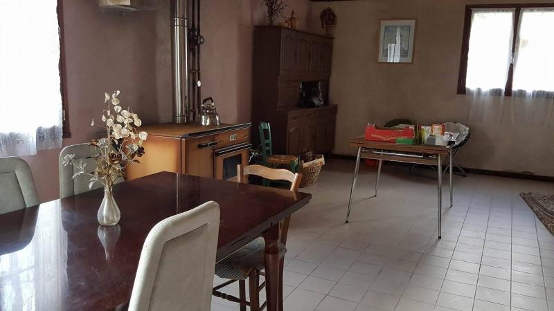 Sale house / villa Freycenet la cuche 78000€ - Picture 3