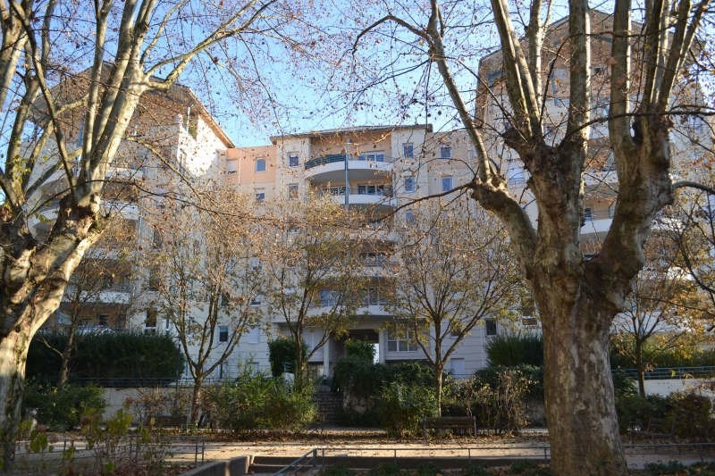 Location appartement Chambery 543€ CC - Photo 1