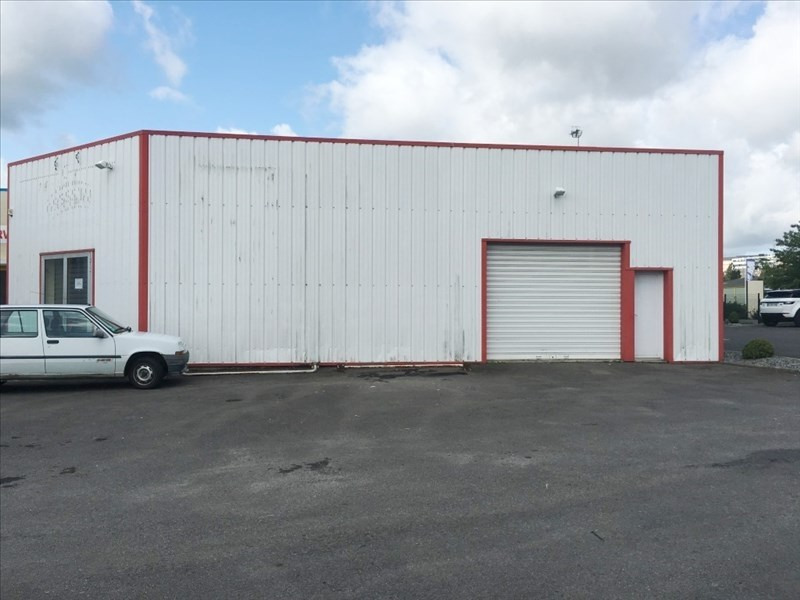 Location local commercial Fougeres 800€ HT/HC - Photo 1