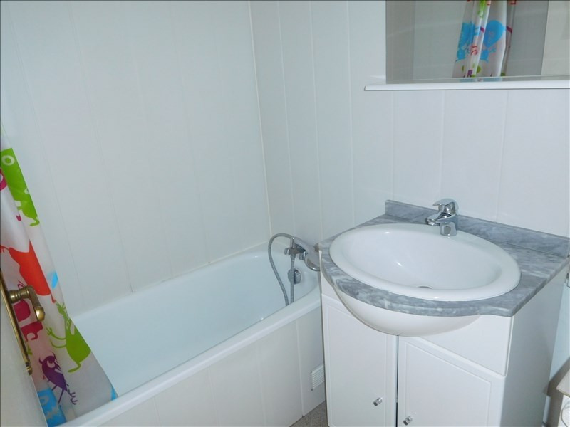 Rental apartment Le puy en velay 518,79€ CC - Picture 2