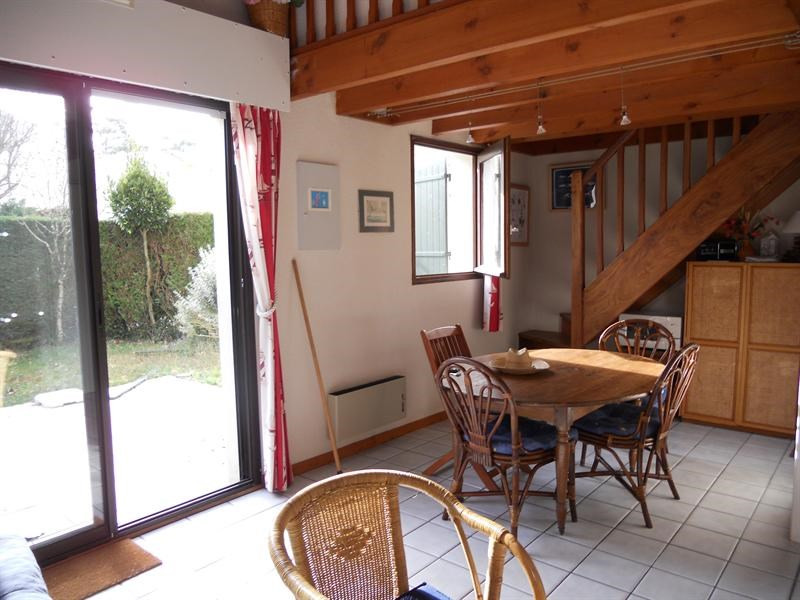 Vacation rental house / villa Vaux-sur-mer 568€ - Picture 2