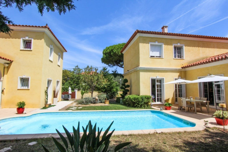 Deluxe sale house / villa Cap d antibes 2 100 000€ - Picture 1