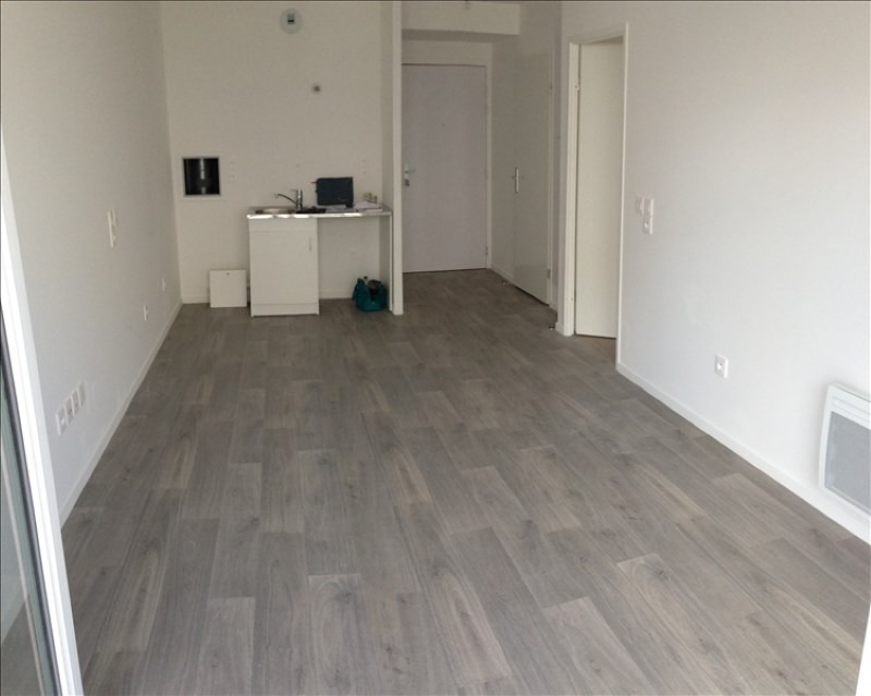 Rental apartment Courtry 750€ CC - Picture 3