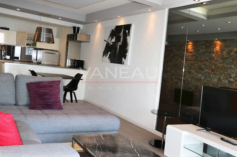 Vente de prestige appartement Juan-les-pins 646600€ - Photo 13