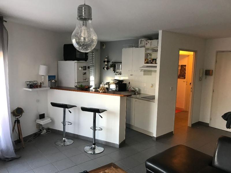 Sale apartment La rochelle 139000€ - Picture 3