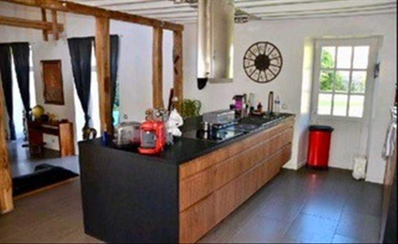 Sale house / villa Machault 426 000€ - Picture 3