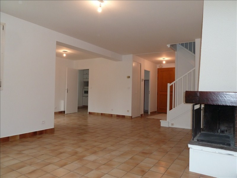 Location maison / villa Montesson 1 800€ CC - Photo 3