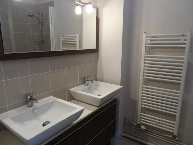 Location appartement Le coteau 685€ CC - Photo 2