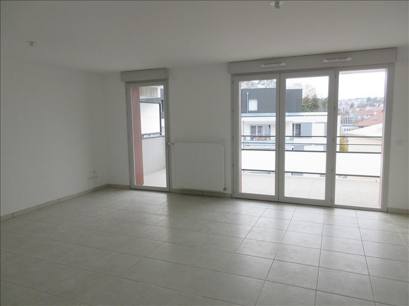 Verhuren  appartement Voiron 780€ CC - Foto 1