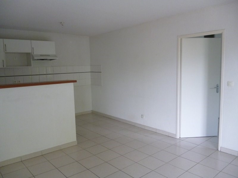 Location appartement Tarbes 488€ CC - Photo 2