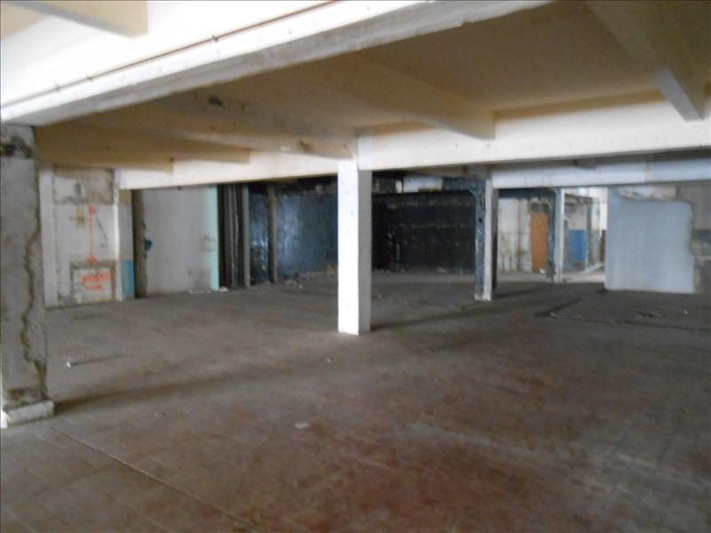 Location local commercial Basse terre 829€ HT/HC - Photo 2