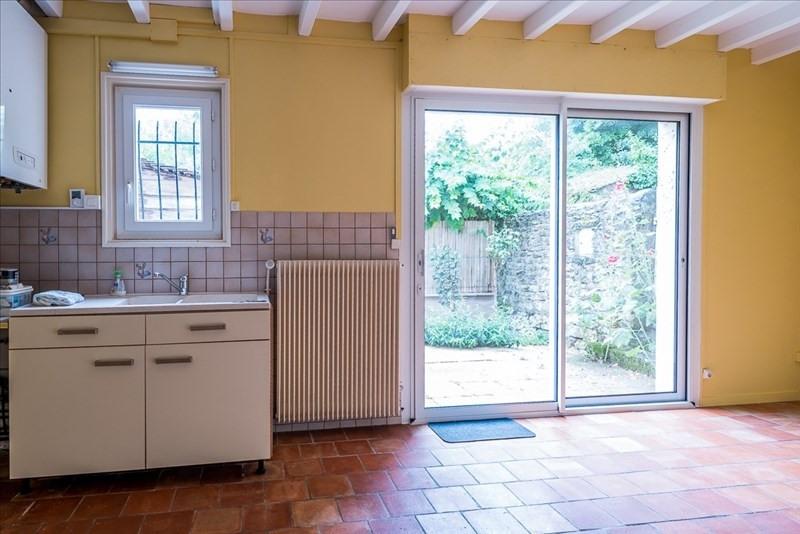 Location maison / villa Liguge 595€ CC -  1