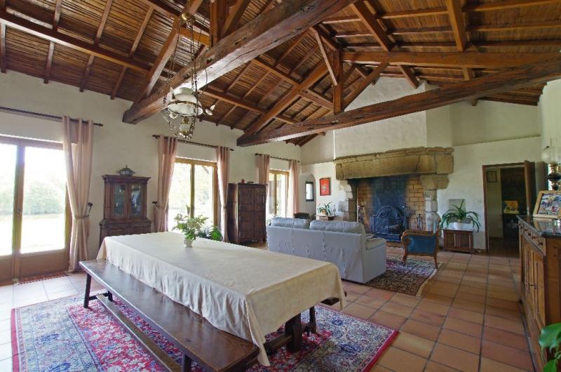Vente maison / villa Nuaille 332800€ - Photo 6