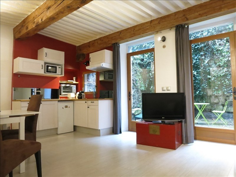 Sale apartment Annecy 286 000€ - Picture 1