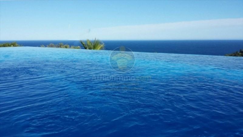 Deluxe sale house / villa Les issambres 1685000€ - Picture 1