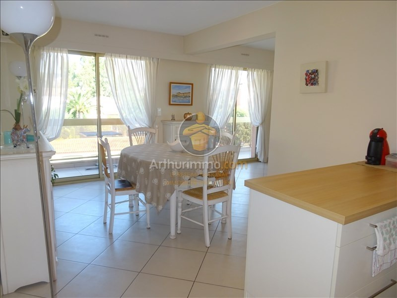 Sale apartment Sainte maxime 231000€ - Picture 3