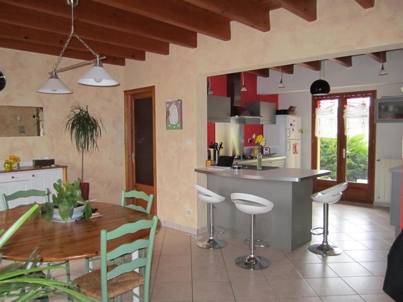Sale house / villa Barbezieux st hilaire 262000€ - Picture 8