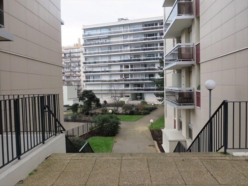 Location appartement Paris 14ème 1426€ CC - Photo 1