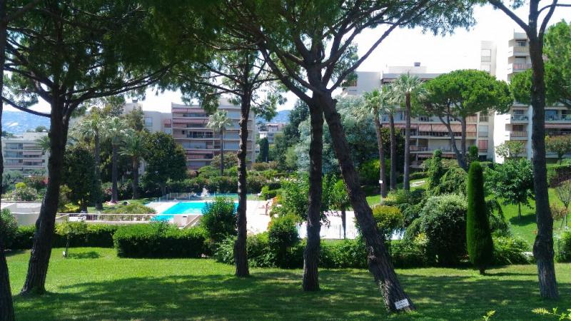 Location appartement Antibes 850€ CC - Photo 9