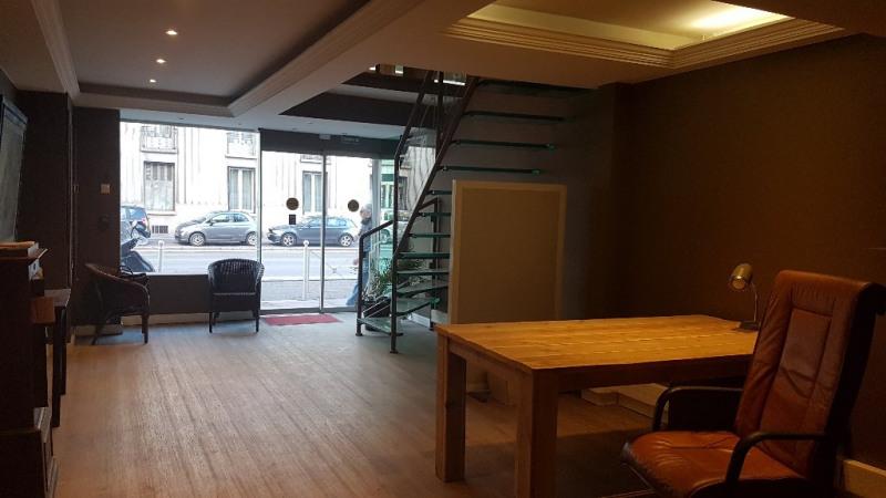 Verkoop  werkplaats Toulon 225000€ - Foto 1