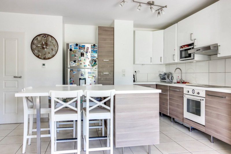 Vente appartement Decines charpieu 269000€ - Photo 3