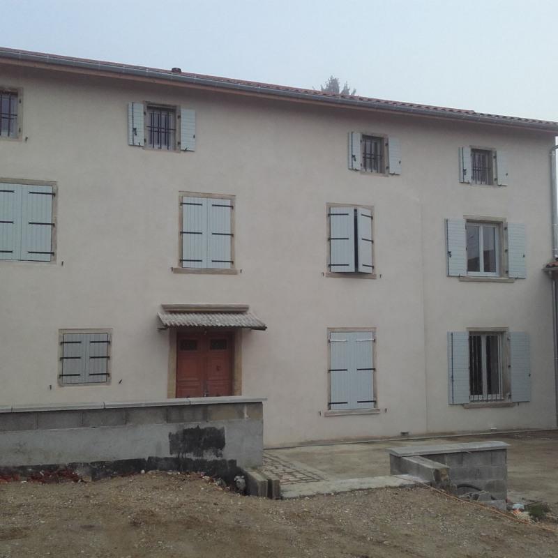 Location appartement Luzinay 610€ CC - Photo 1