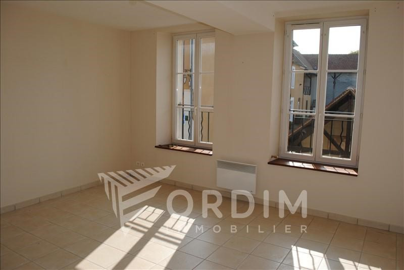 Investment property building Chablis 137500€ - Picture 8