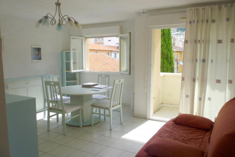 Location appartement Nice 690€ CC - Photo 5