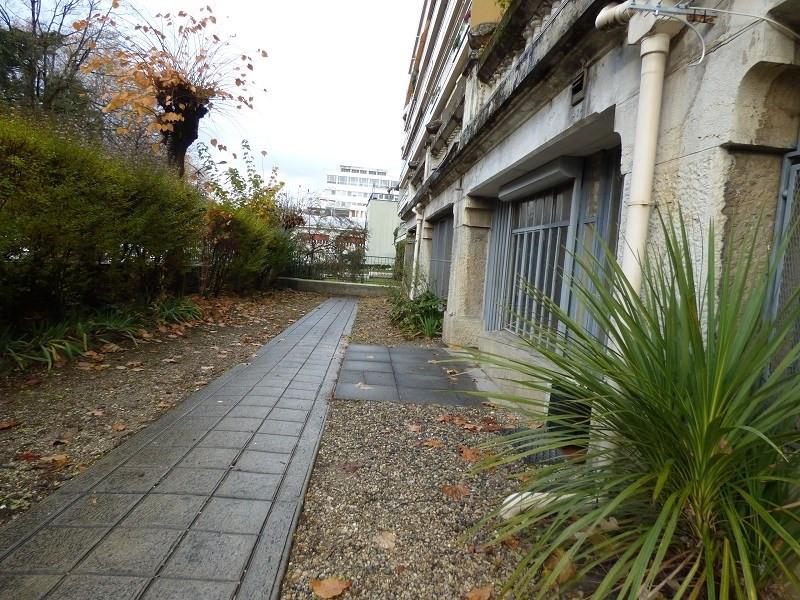 Location appartement Aix les bains 375€ CC - Photo 4