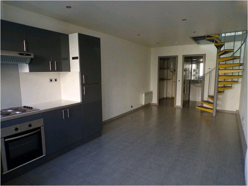 Rental apartment Crosne 879€ CC - Picture 1