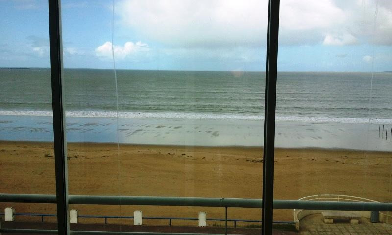 Vacation rental apartment Tharon plage 411€ - Picture 1