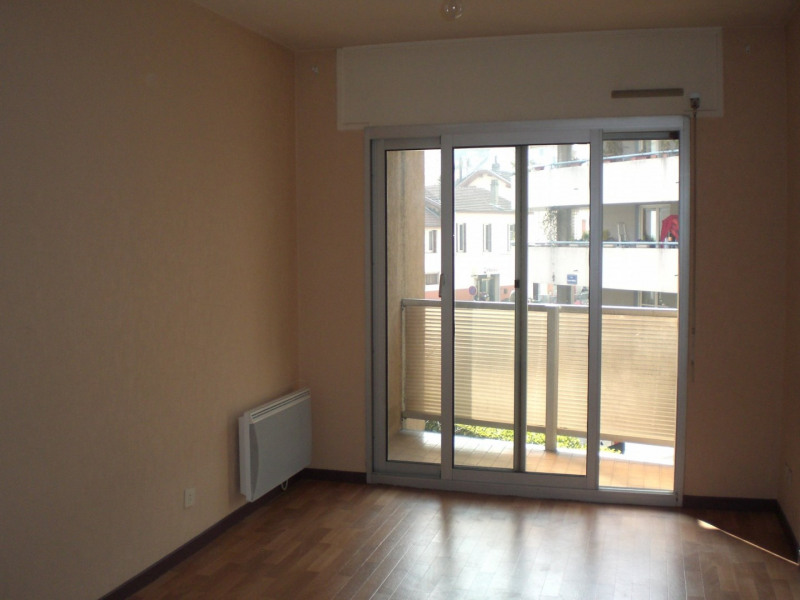 Location appartement Grenoble 515€ CC - Photo 2