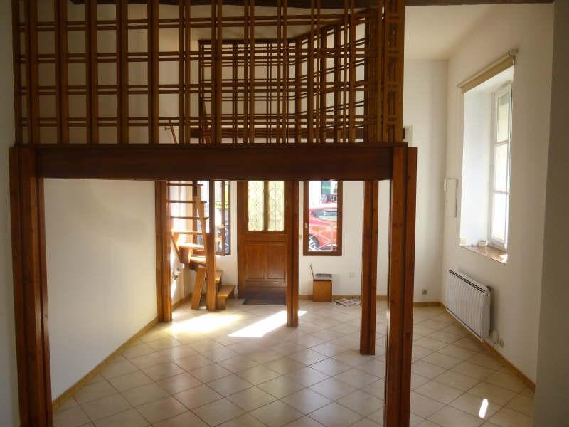 Rental apartment St germain en laye 810€ CC - Picture 1