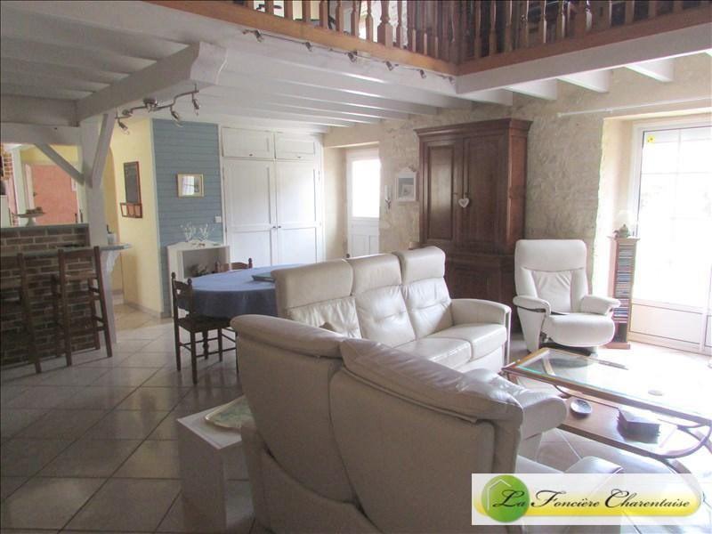 Vente maison / villa Villefagnan 328000€ - Photo 16
