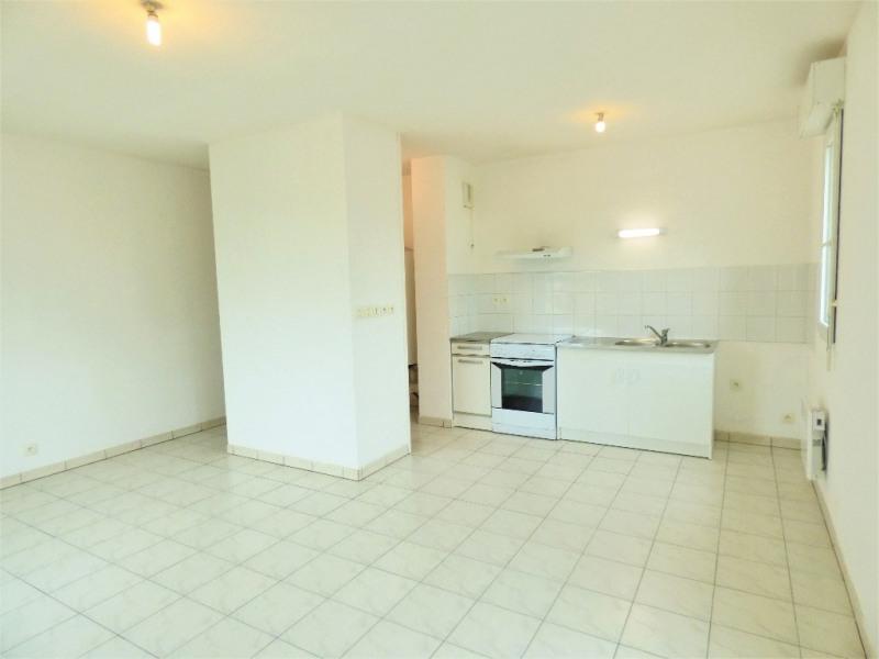 Rental apartment Saint sulpice et cameyrac 650€ CC - Picture 2