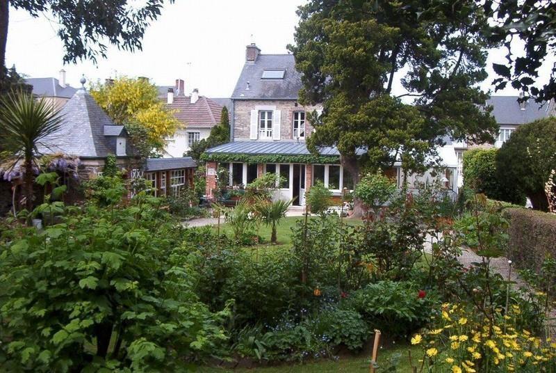 Sale house / villa Coutances 280000€ - Picture 3